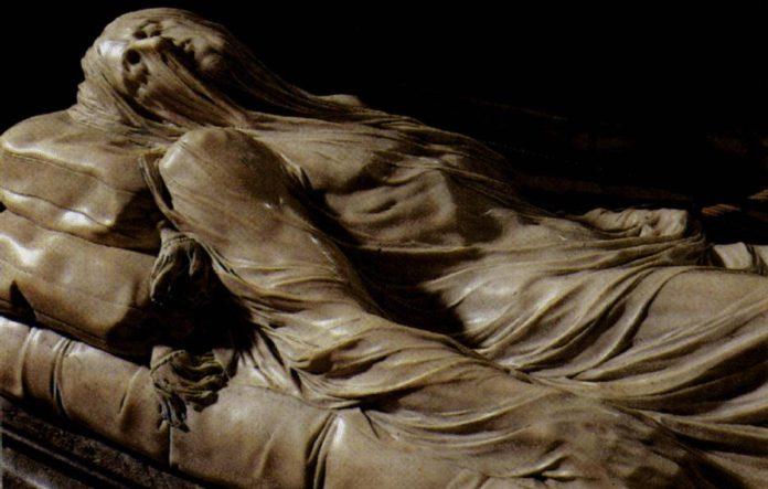 Il Cristo Velato nel Museo della Cappella di Sansevero