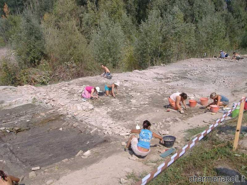 foto generica scavi archeologici