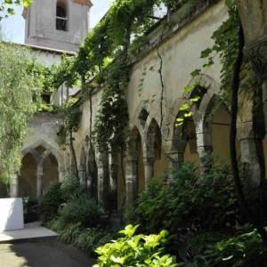 Chiese da visitare in estate. Chiostro San Francesco Sorrento