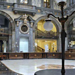 Palazzo Zevallos Stigliano a via Toledo a Napol