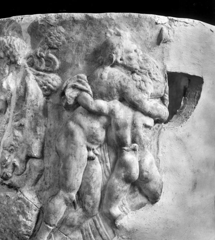 Un particolare del vaso di Dioniso (Museo Campano di Capua)